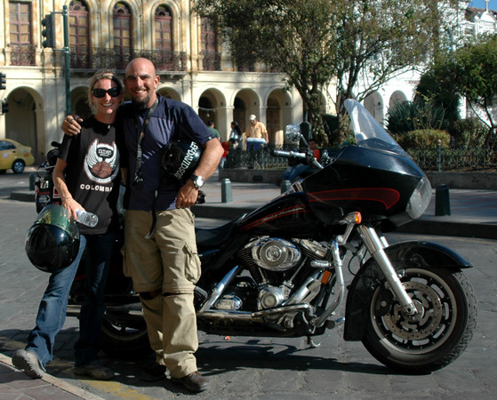Dan & Jaquie, traveling through the Americas on a Harley Davidson!