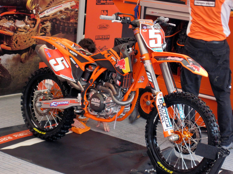 Ryan Dungey's 450!   Oozing with Orange goodness!