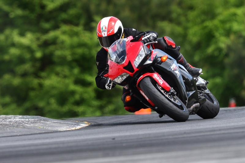 Mr Dainese, Allan Jones, cuts a fast lap at the Kevin Schwantz School Road Atlanta 2012