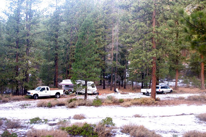 Here's our camp spot on Saturday AM..  A light dusting of snow when we got up, but was all gone by mid day.  God, I LOVE camping here this time of year!