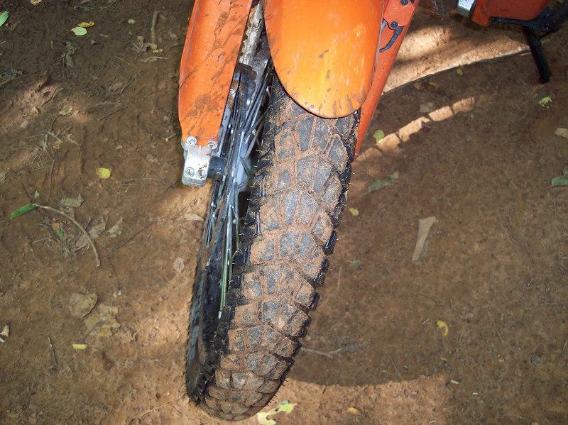 Orange Mud to match the orange bike