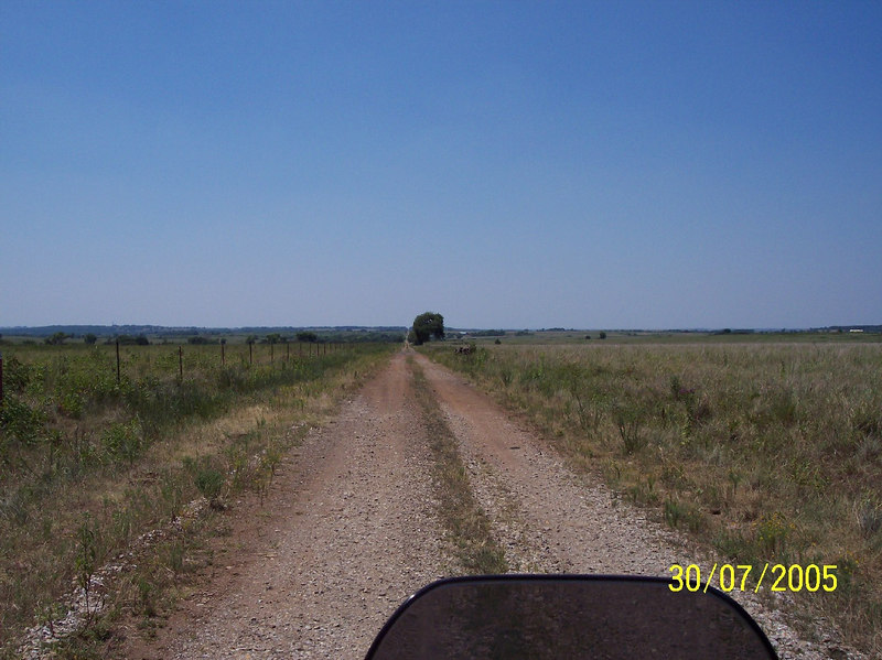When you come from a state where flat is pretty nonexistent these open areas are pretty amazing.  It was pretty cool at first....but by day 4 it was getting old. Notice the complete lack of clouds in the sky....a common theme while I was in Oklahoma....I just prayed for some shade.