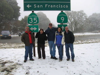 03/12/06 Hwy 9 at Hwy 35. The Sunday Moring Ride (without motorcycles). Mojo, Karen, Frank, Renee and James. Mike O. is taking the picture.