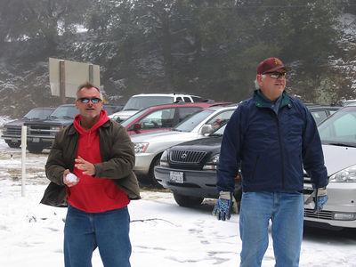 03/12/06 Hwy 9 at Hwy 35. Mojo and Frank.
