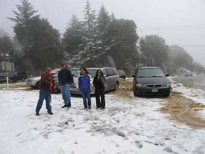 03/12/06 Hwy 9 at Hwy 35. Mojo, Frank, Renee and Karen.