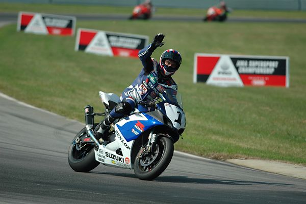 """""""That stunter is a right tosser! I can wheelie this high!"""""""