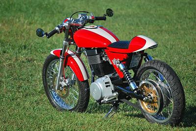 Suzuki / Ryca Cafe Racer Build