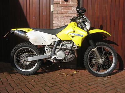 2010_10_18 Suzuki DRZ400E
