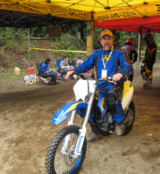 New LUST!  2009 Husaberg FE450!  I had a chance to ride it around a long and pretty fun dirt course.