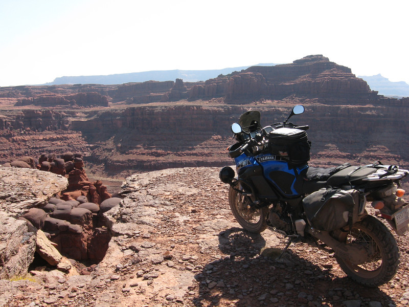 Shafer Canyon Rd. overlooking the Colorado River, below Deadhorse Point State Park