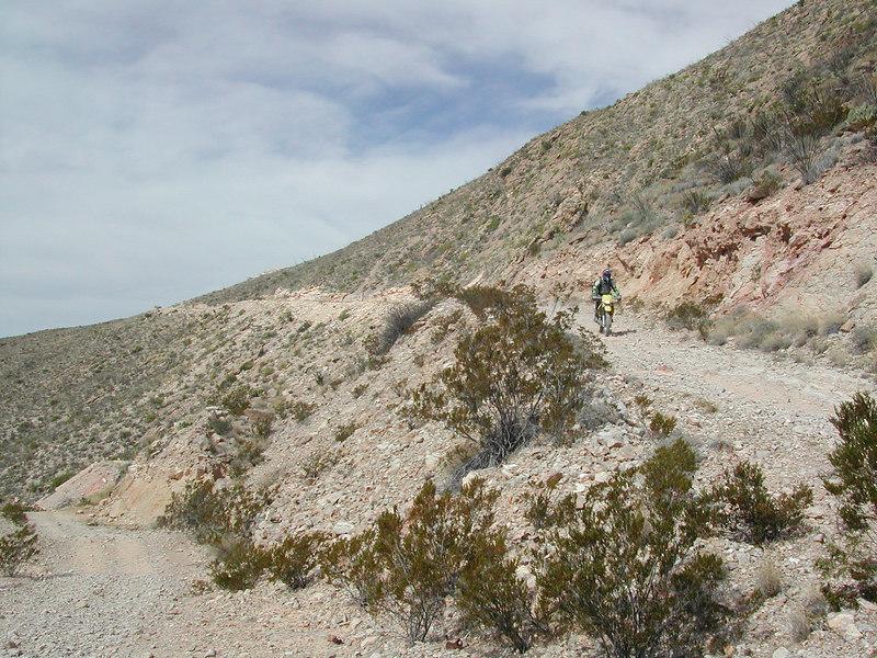 the long downhill headin towards Lajitas