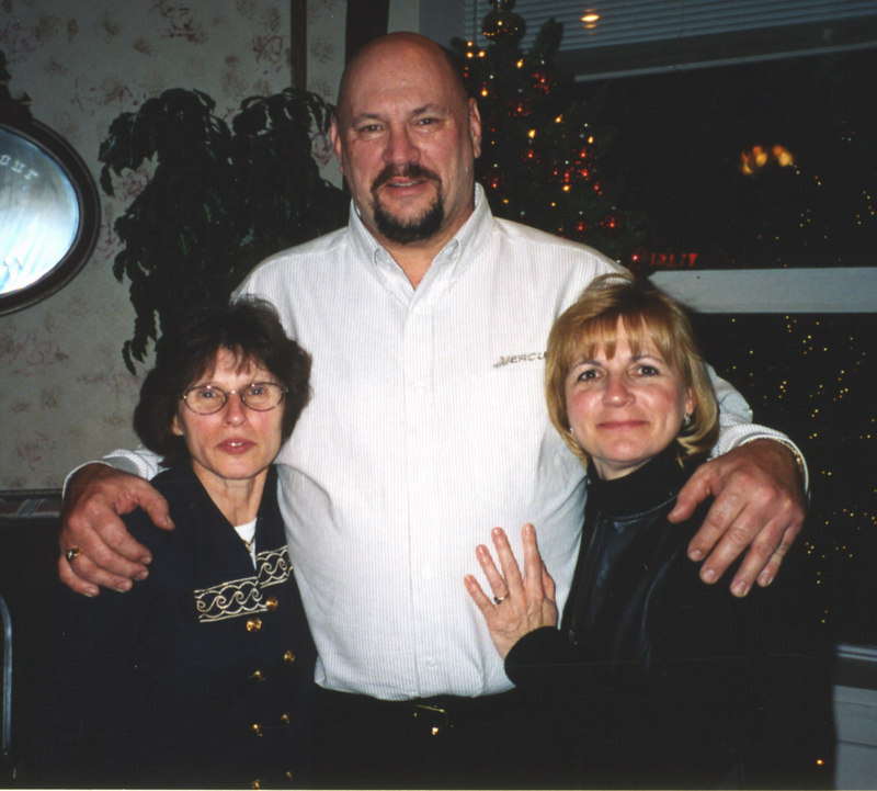 What a lucky guy. Me with Arlene & Barb
