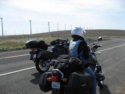 Tina & Laura's NO speeding tickets - Opal adventure, June/07