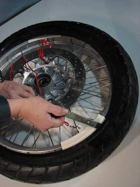 Repositioning the rim protector