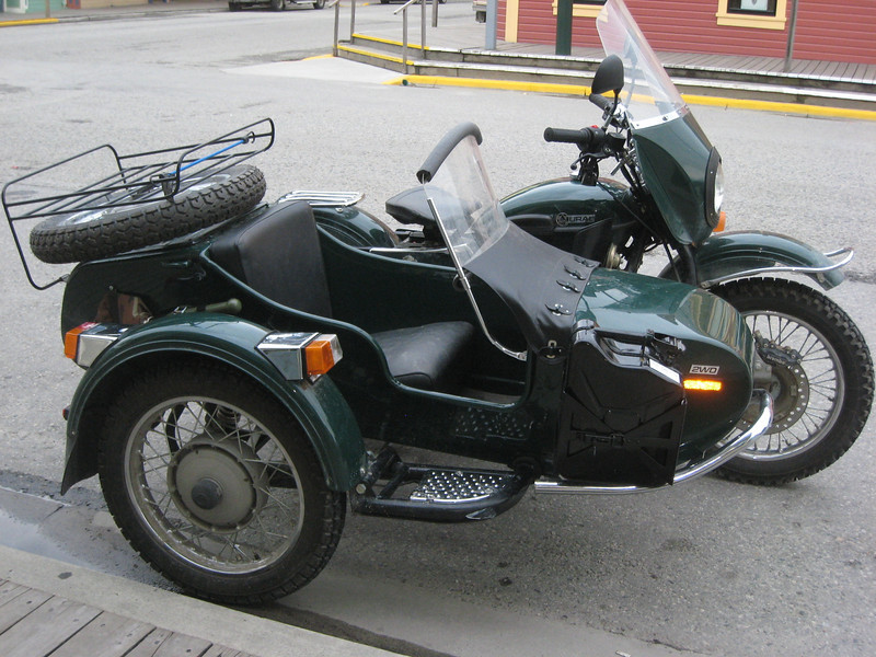 Spotted another Ural as I wandered around the streets...