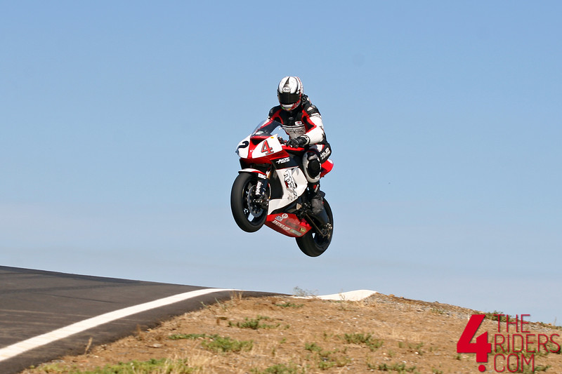 cory jumps his zx10 really high at thunderhill