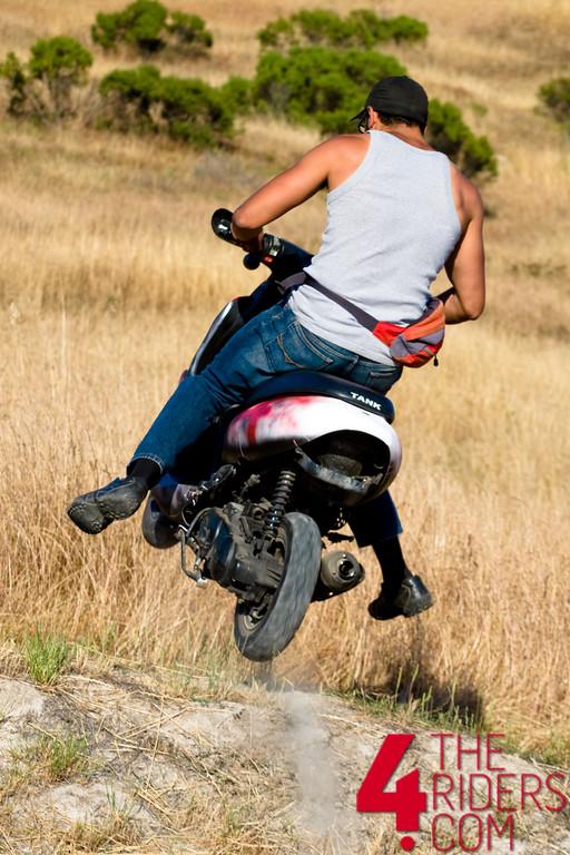 toe jumps scooter doom at laguna seca