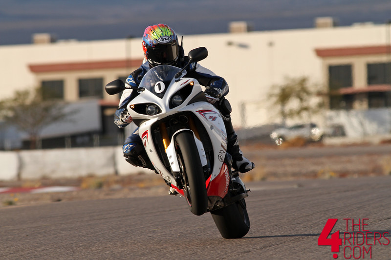 scott russell mr daytona las vegas wheelie r1