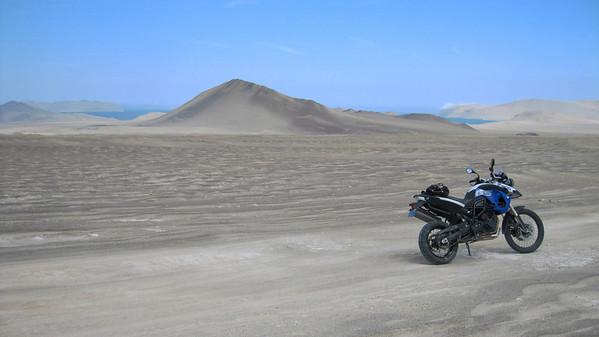 Bill W. rides Peru