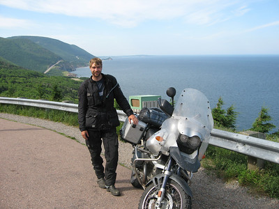 Falke & R1150GS on Cabot Trail