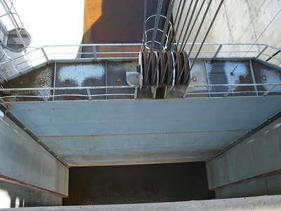 Overflow/bypass gate
