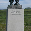 Statue of Anne Stine and Helge Ingstad