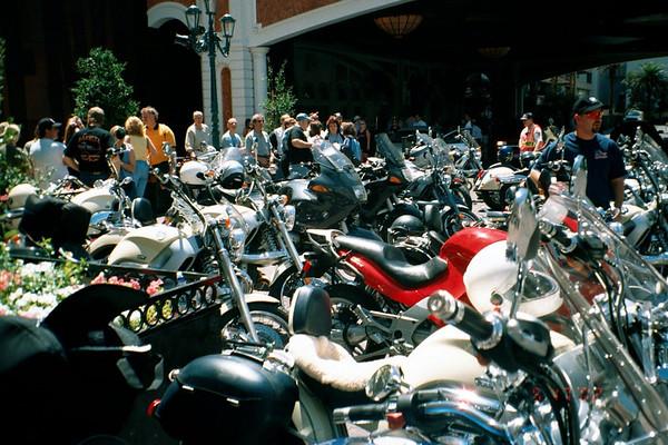 Chromeheads in Vegas - May 2002