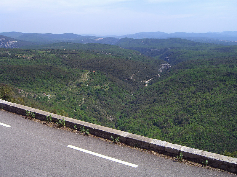 View from the road between Fayence and Mons