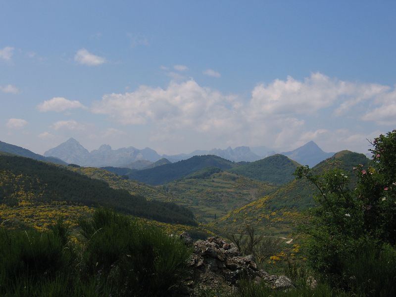 The view from the road back to Potes Sunday 20/06/04