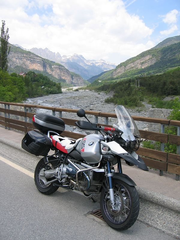 Bridge across the Var near Guilliames