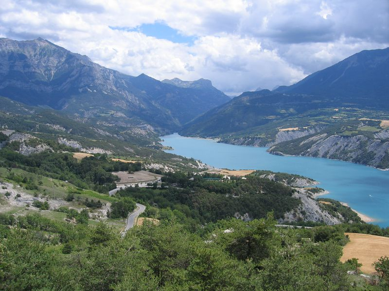Looking down the lake from the D954 from le Lauzet-Ubaye to Savines le Lac.