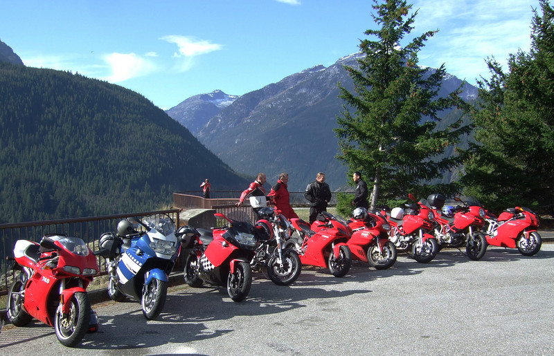 <b>Diablo Lake Overlook</b><br>Quite a collection!  748, K1200S, K1200S, S4R, 1098, SS1000, MTS 620, MTS 1000S, 999.