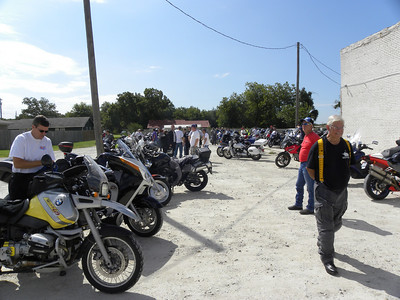 2010 Two Wheeled Texans Pie Run to Godley.