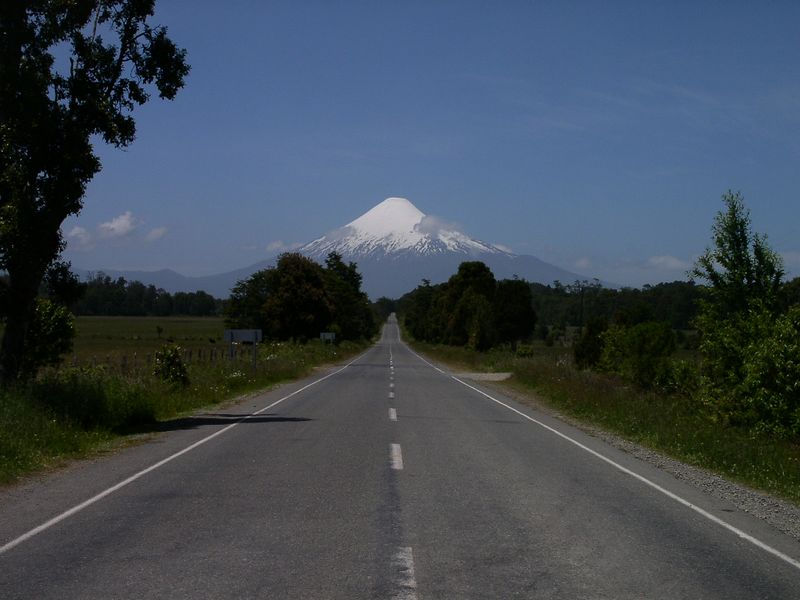 Chile, cant remember the name of this volcano, Jan 04