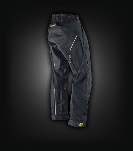 Klim Latitude Misano broek. Maat: 36 Kleur: zwart Prijs: € 517,95 Aangekocht bij: www.motoadventurestore.be