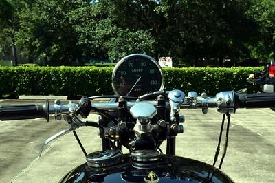 Vincent Motorcycle Number 1 Set 2 (7)