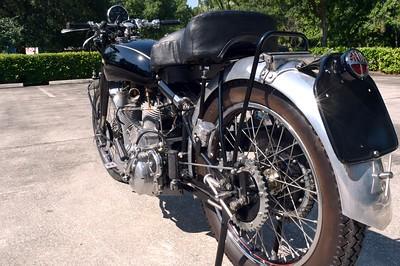 Vincent Motorcycle Number 1 Set 2 (4)