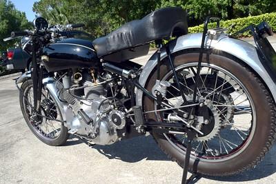 Vincent Motorcycle Number 1 Set 2 (5)