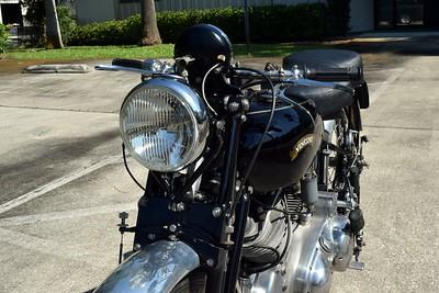 Vincent Motorcycle Number 1 Set 2 (3)