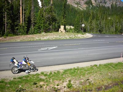 20110730 Waiting at Washington Pass