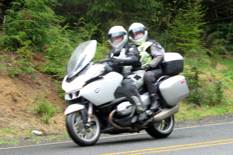 Chuck  and Juanita Mander - 2007 R1200RT