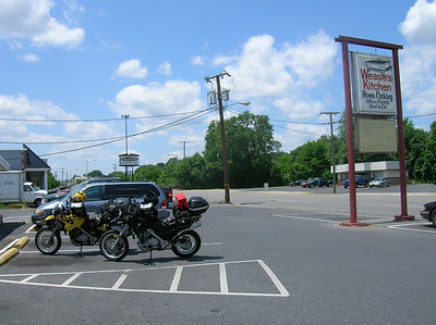 Lunch in Waynesboro VA at Weasie's Kitchen