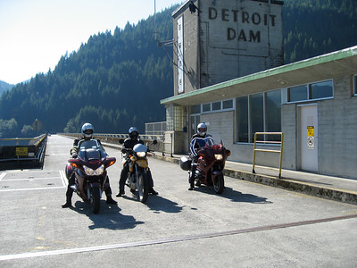 Jeff, Anand and Christian on the Detroit Dam