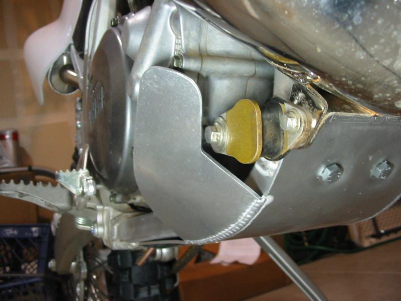Devol skid plate R