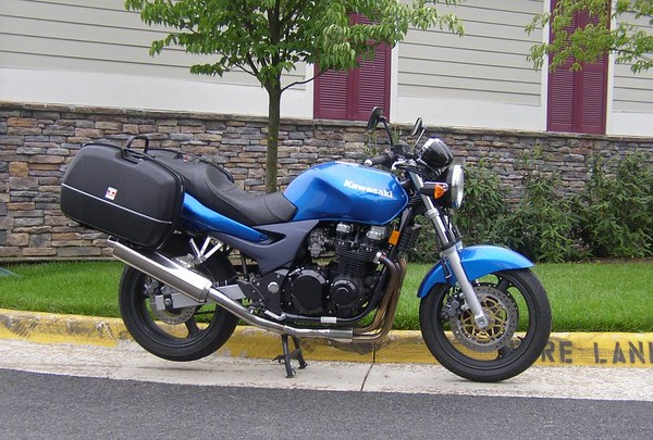 2000 Kawasaki ZR-7