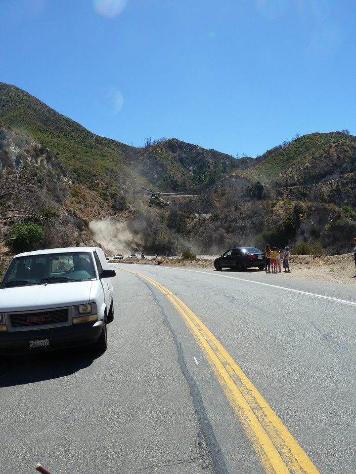 Los Angeles Rescue 5 helicopter, landing on Angeles Crest