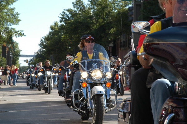 motorcyclist downtown aberdeen