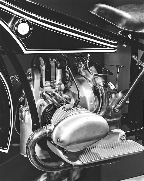 1925 R37