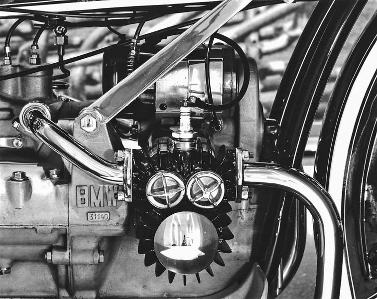 1923 R32