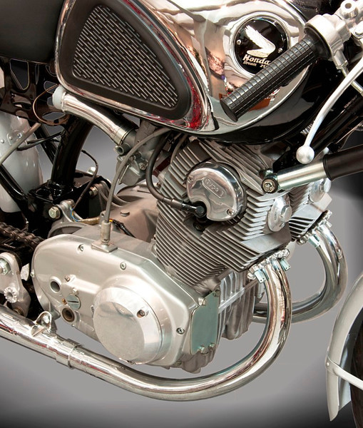 1962 Honda CYB72 Supersport. The venerable Dream CB72 provided the basis for club racing with a 247cc twin turning out 31 hp at 10,500 rpm for a 5 speed transmission. (Honda Collection Hall).